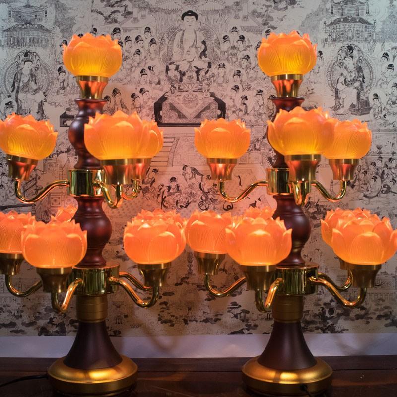ấn tượng từ mẫu đèn thờ bông hoa sen