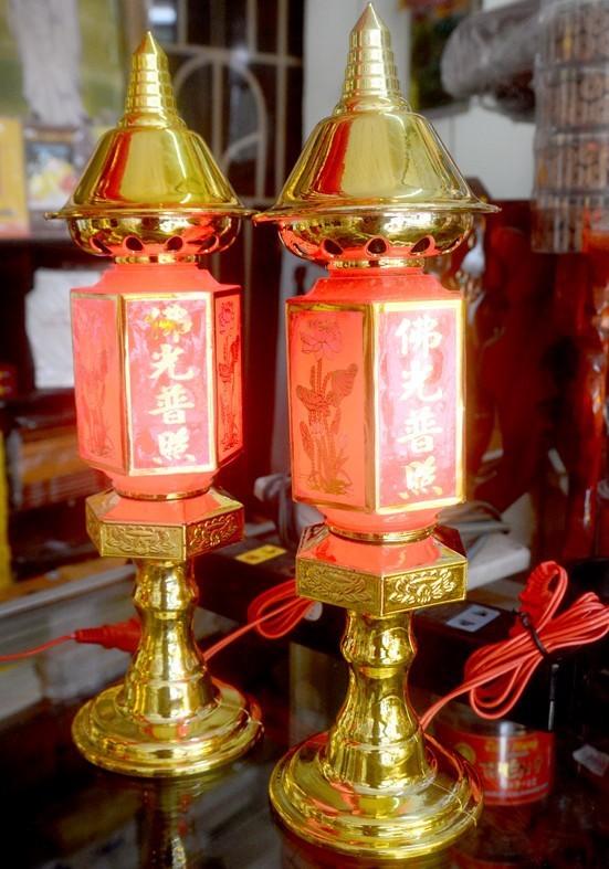 đèn thờ gia tiên