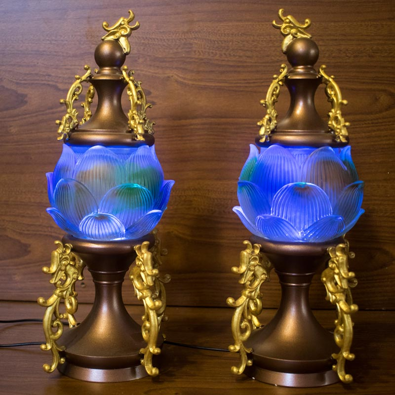 đèn bàn thờ gia tiên