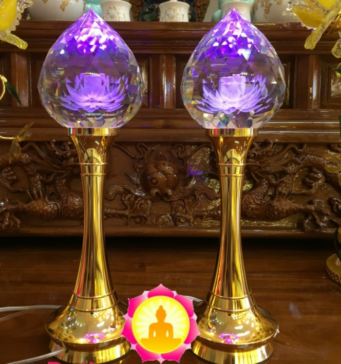 Tổng hợp những mẫu Đèn hoa sen để bàn thờ