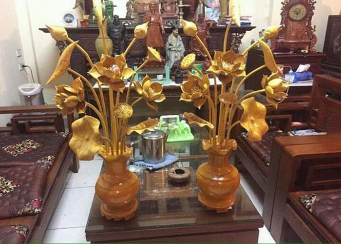 đèn hoa sen để bàn thờ làm bằng đồng