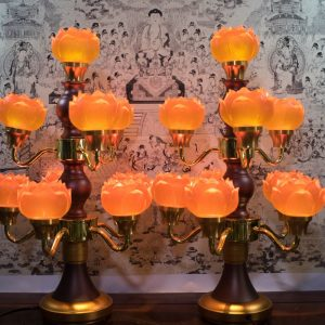 mẫu đèn hoa sen để bàn thờ