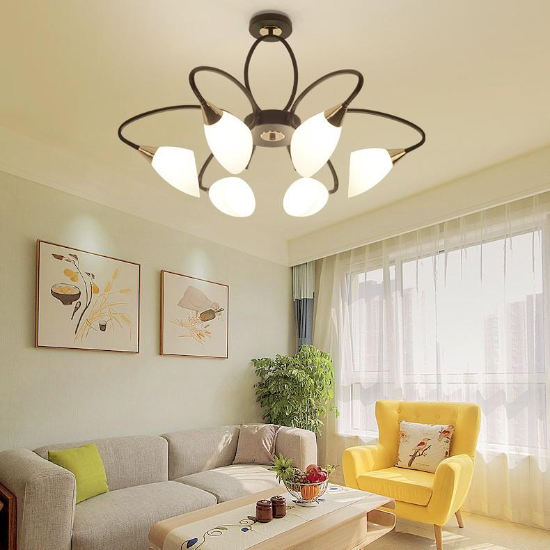 Đèn trang trí phòng khách sang trọng