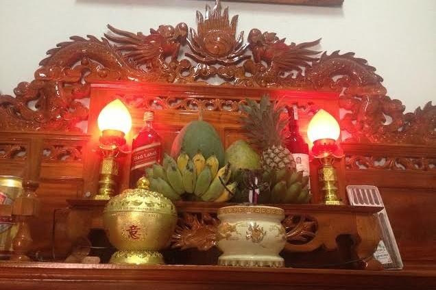 đèn điện dùng trên bàn thờ đẹp