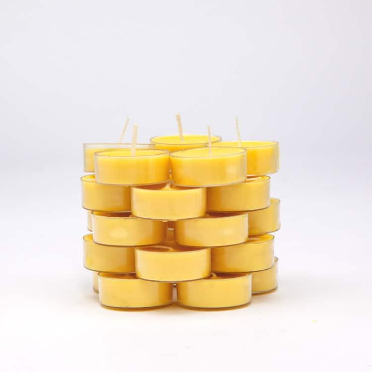 nến thơm màu vàng ấn tượng quan trọng