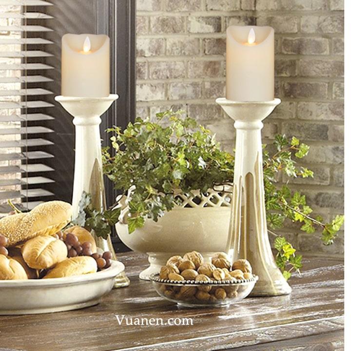 những mẫu nến đèn cày đẹp nhất kết hợp với chân nến trang trí