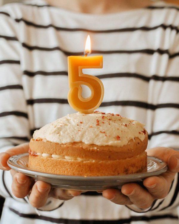 nến sinh nhật 5 tuổi